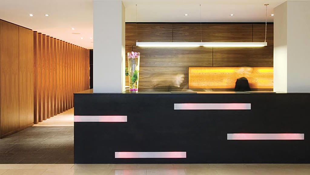 Hotel reception interior design efficient enterprise for Design hotel reception