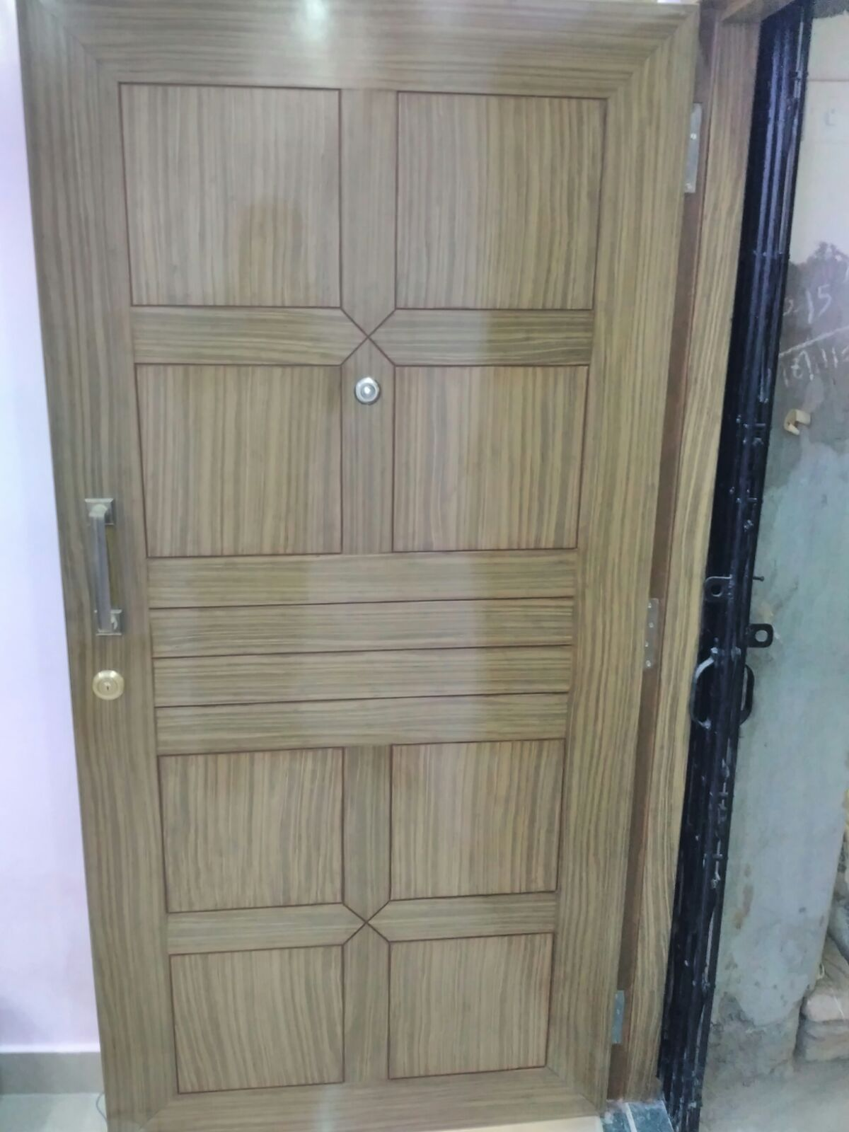 Veneer design on main door efficient enterprise for Home main door interior design