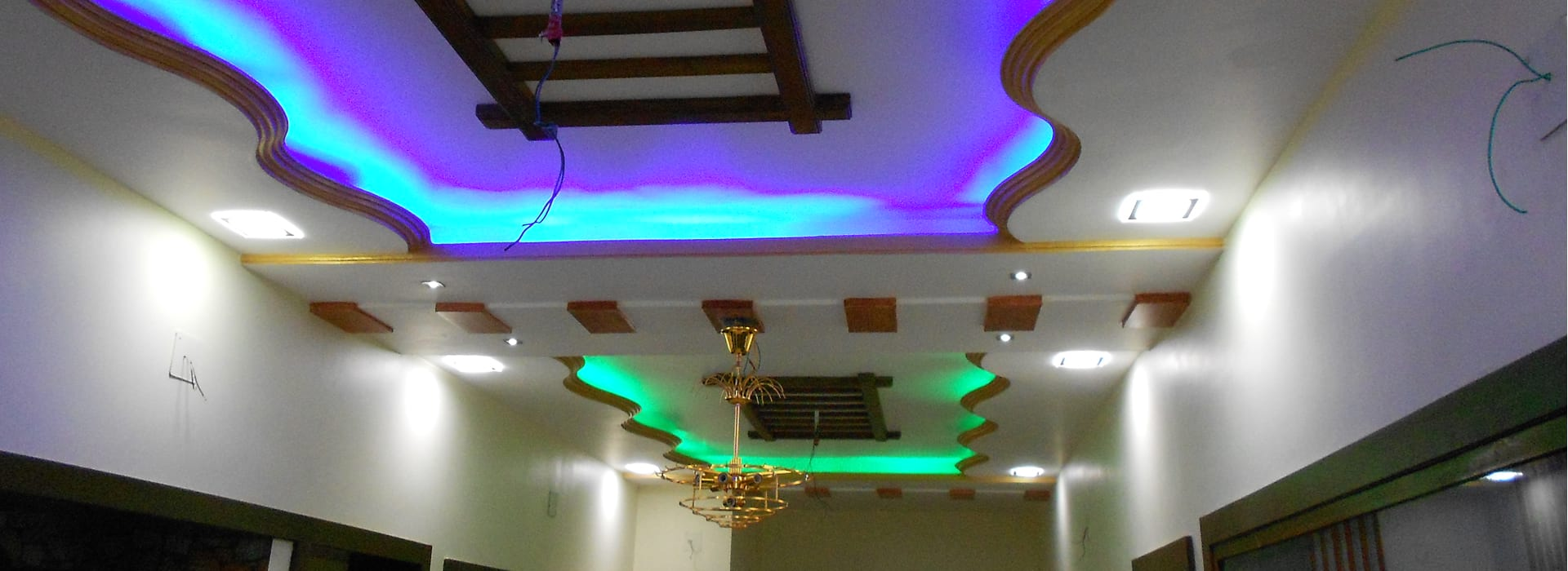 interior decoration service for commercial and residential projects